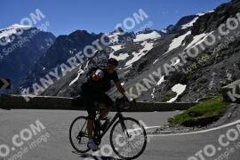 Photo #1488488   06-07-2021 10:31   Passo Dello Stelvio - Prato side BICYCLES