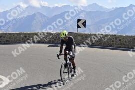 Photo #1933389   10-09-2021 10:51   Passo Dello Stelvio - Prato side BICYCLES