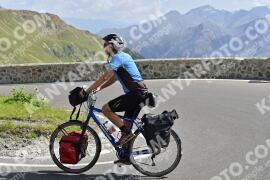Photo #1725504   13-08-2021 11:22   Passo Dello Stelvio - Prato side BICYCLES
