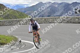 Photo #1536354 | 16-07-2021 10:21 | Passo Dello Stelvio - Prato side BICYCLES