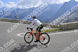 Photo #1867998   03-09-2021 10:38   Passo Dello Stelvio - Prato side BICYCLES