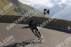 Photo #1760780   19-08-2021 09:17   Passo Dello Stelvio - Prato side BICYCLES