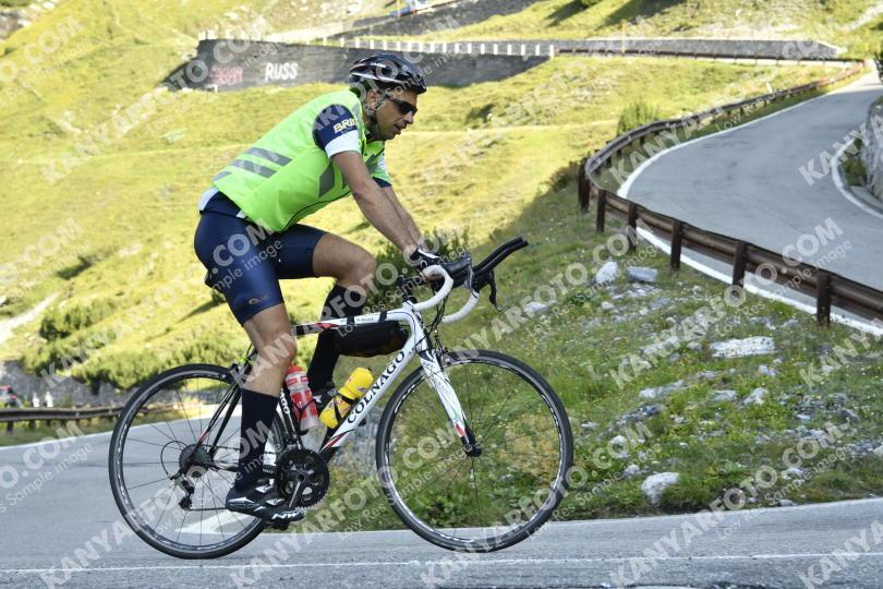 Photo #841201   26-08-2019 09:46   Passo Dello Stelvio - BICYCLE riders