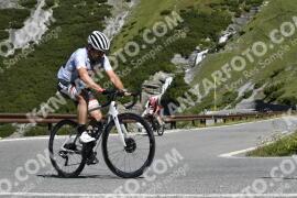 Photo #1041156 | 20-07-2020 10:18 | Passo Dello Stelvio - Waterfall BICYCLE riders
