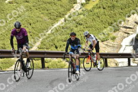 Photo #824554 | 22-08-2019 09:35 | Passo Dello Stelvio - Waterfall BICYCLE riders