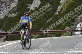 Photo #1831017 | 25-08-2021 10:26 | Passo Dello Stelvio - Waterfall BICYCLE riders
