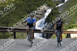 Photo #976610 | 04-07-2020 09:14 | Passo Dello Stelvio - Waterfall BICYCLE riders