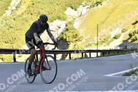 Photo #1851920 | 01-09-2021 09:35 | Passo Dello Stelvio - Waterfall BICYCLE riders