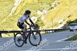 Photo #1851903 | 01-09-2021 09:30 | Passo Dello Stelvio - Waterfall BICYCLE riders