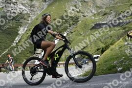 Photo #1533227 | 13-07-2021 09:26 | Passo Dello Stelvio - Waterfall BICYCLE riders