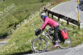 Photo #1626556   30-07-2021 09:49   Passo Dello Stelvio - Waterfall BICYCLE riders