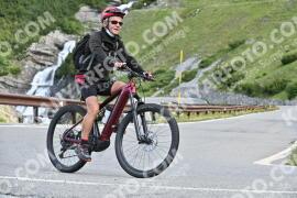 Photo #1046859 | 22-07-2020 09:25 | Passo Dello Stelvio - Waterfall BICYCLE riders