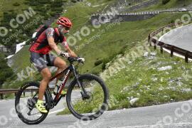 Photo #1642600   02-08-2021 09:48   Passo Dello Stelvio - Waterfall BICYCLE riders