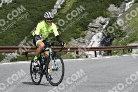 Photo #748780 | 27-07-2019 10:13 | Passo Dello Stelvio - Waterfall BICYCLE riders
