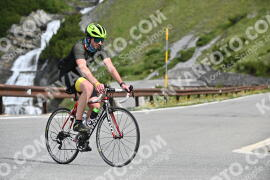 Photo #1018945 | 17-07-2020 09:54 | Passo Dello Stelvio - Waterfall BICYCLE riders
