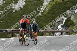 Photo #1843450 | 29-08-2021 10:08 | Passo Dello Stelvio - Waterfall BICYCLE riders