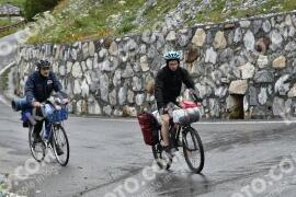 Photo #1648869 | 05-08-2021 09:35 | Passo Dello Stelvio - Waterfall BICYCLE riders