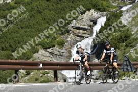 Photo #1709927 | 12-08-2021 10:32 | Passo Dello Stelvio - Waterfall BICYCLE riders