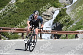 Photo #996438 | 06-07-2020 10:02 | Passo Dello Stelvio - Waterfall BICYCLE riders