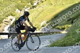 Photo #1631839   31-07-2021 09:25   Passo Dello Stelvio - Waterfall BICYCLE riders