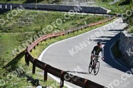 Photo #987659 | 05-07-2020 09:29 | Passo Dello Stelvio - Waterfall BICYCLE riders
