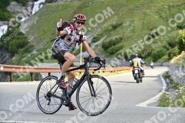 Photo #1046864 | 22-07-2020 09:28 | Passo Dello Stelvio - Waterfall BICYCLE riders