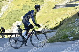 Photo #1230979 | 03-09-2020 09:39 | Passo Dello Stelvio - Waterfall BICYCLE riders