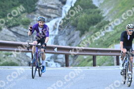 Photo #1087403 | 30-07-2020 08:48 | Passo Dello Stelvio - Waterfall BICYCLE riders