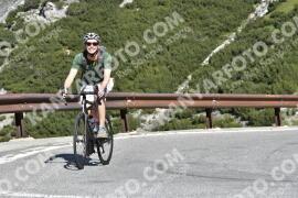 Photo #1556839 | 19-07-2021 09:45 | Passo Dello Stelvio - Waterfall BICYCLE riders
