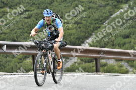 Photo #1169160 | 17-08-2020 10:22 | Passo Dello Stelvio - Waterfall BICYCLE riders