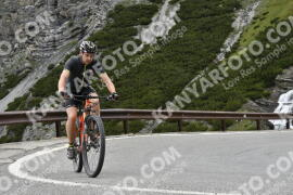 Photo #1015159 | 16-07-2020 10:16 | Passo Dello Stelvio - Waterfall BICYCLE riders