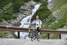 Photo #1012820 | 15-07-2020 10:11 | Passo Dello Stelvio - Waterfall BICYCLE riders