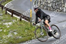 Photo #1674761   08-08-2021 09:19   Passo Dello Stelvio - Waterfall BICYCLE riders