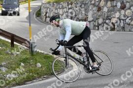 Photo #1482541   05-07-2021 09:19   Passo Dello Stelvio - Waterfall BICYCLE riders