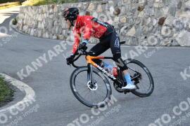 Photo #1490432 | 06-07-2021 09:19 | Passo Dello Stelvio - Waterfall BICYCLE riders
