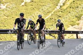 Photo #1478500 | 04-07-2021 09:09 | Passo Dello Stelvio - Waterfall BICYCLE riders