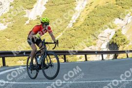 Photo #1897222 | 05-09-2021 09:37 | Passo Dello Stelvio - Waterfall BICYCLE riders