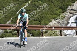 Photo #1571927 | 21-07-2021 09:45 | Passo Dello Stelvio - Waterfall BICYCLE riders