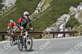 Photo #1952944 | 13-09-2021 10:58 | Passo Dello Stelvio - Waterfall BICYCLE riders