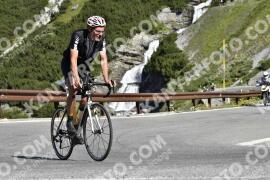 Photo #1571936 | 21-07-2021 09:47 | Passo Dello Stelvio - Waterfall BICYCLE riders