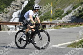 Photo #744732 | 25-07-2019 09:43 | Passo Dello Stelvio - Waterfall BICYCLE riders