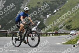 Photo #1594353   24-07-2021 09:16   Passo Dello Stelvio - Waterfall BICYCLE riders
