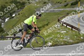 Photo #1756116   18-08-2021 09:32   Passo Dello Stelvio - Waterfall BICYCLE riders