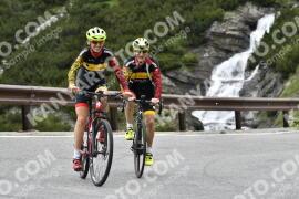 Photo #1549452   18-07-2021 10:41   Passo Dello Stelvio - Waterfall BICYCLE riders
