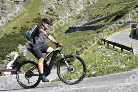 Photo #1527036 | 12-07-2021 09:37 | Passo Dello Stelvio - Waterfall BICYCLE riders