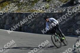 Photo #1961043 | 14-09-2021 10:12 | Passo Dello Stelvio - Waterfall BICYCLE riders