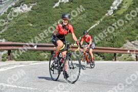 Photo #1585685 | 23-07-2021 09:47 | Passo Dello Stelvio - Waterfall BICYCLE riders
