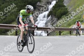 Photo #750966 | 28-07-2019 10:09 | Passo Dello Stelvio - Waterfall BICYCLE riders