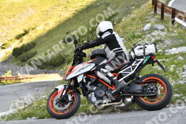 Photo #1562144 | 20-07-2021 09:20 | Passo Dello Stelvio - Waterfall BICYCLE riders