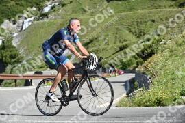 Photo #1029708   18-07-2020 09:32   Passo Dello Stelvio - Waterfall BICYCLE riders